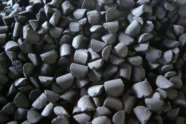 Топливные углеродные брикеты